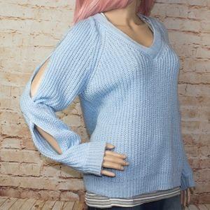 Cold shoulder v neck sweater